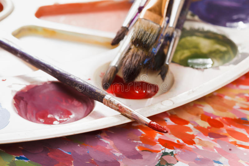 Set akwareli paintbrushes dla malować i farby zdjęcie royalty free