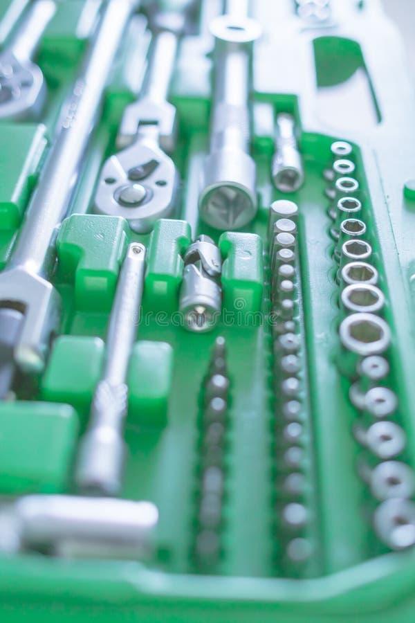 Set di strumenti universale per la riparazione dell'automobile Fondo degli attrezzi per bricolage fotografia stock