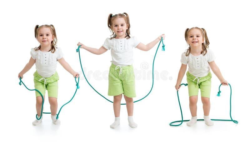 Set dzieciak dziewczyny doskakiwanie z arkaną odizolowywającą zdjęcia stock