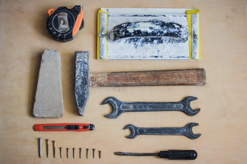 Set instrumenty dla naprawiać na drewnie obraz royalty free