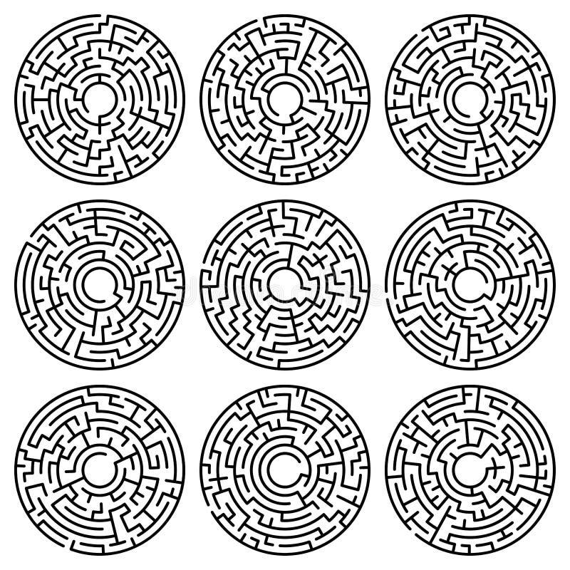 Set labiryntu okrąg labitynt Labiryntu symbol Odizolowywający na białych półdupkach royalty ilustracja
