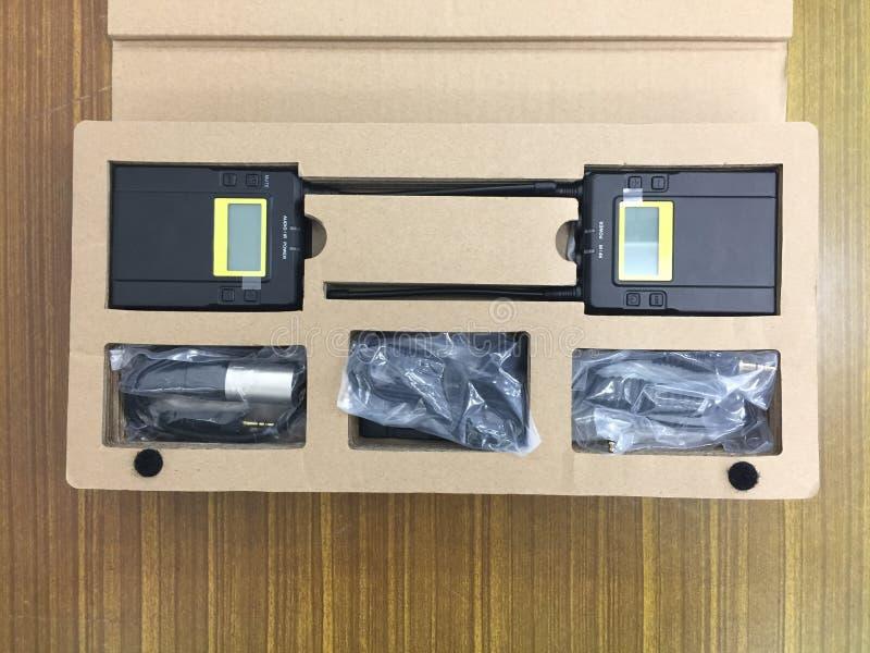 Set narzędzia brzmi radio dla pracować i nagrywa w produkcja filmu robić zdjęcia royalty free