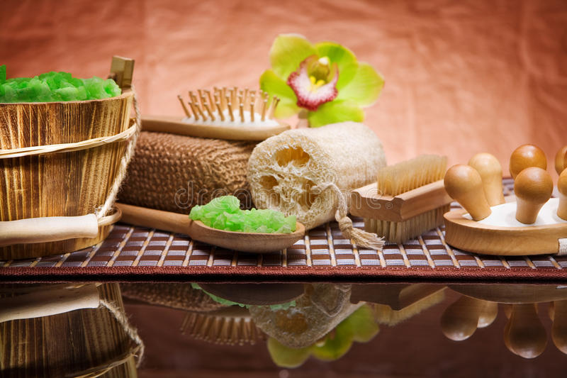 Download Set Of Natural Bath Accessories Stock Image - Image: 19159077