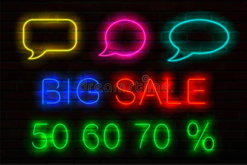 Set neonowi znaki z świecącym dla sprzedaży Mowa bąble, tytułowa Duża sprzedaż i 50, 60, 70 procentu sprzedaż daleko royalty ilustracja