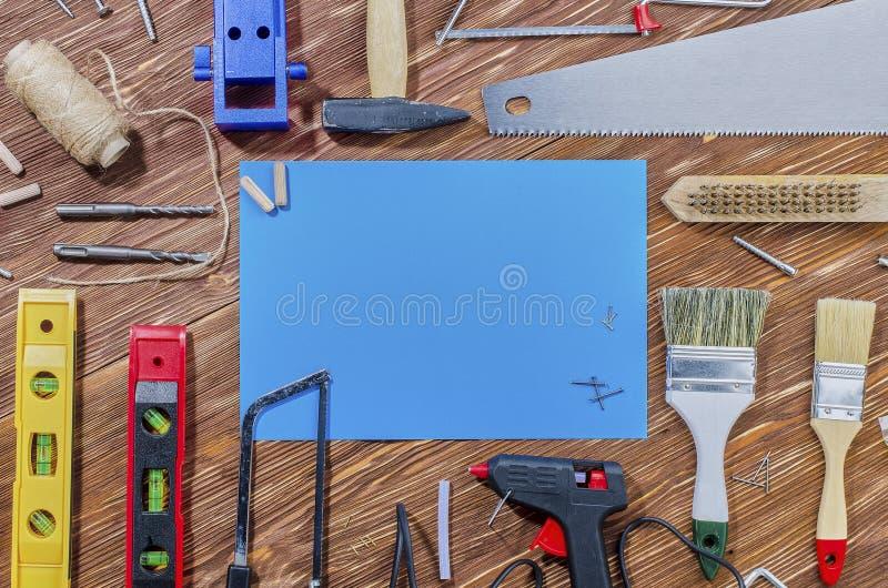 Set pracujący narzędzia dla robić gospodarstwo domowe obowiązek domowy obrazy royalty free