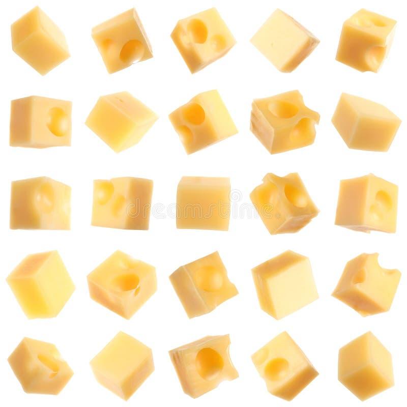 Set różni wyśmienicie serowi sześciany na bielu zdjęcie stock