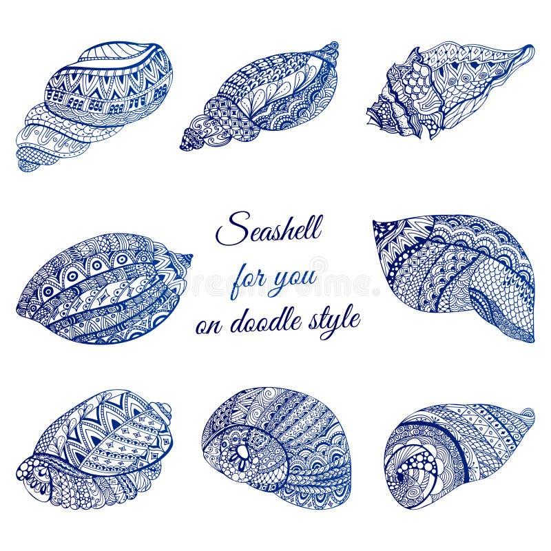 Set ręka rysujący seashell z etnicznym motywem Abstrakcjonistycznego zentangle stylizowani cockleshells Oceanu życia doodle kolek royalty ilustracja