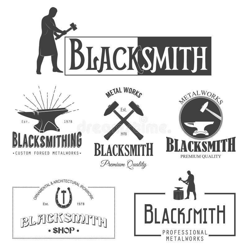Set rocznika blacksmith etykietki i projektów elementy royalty ilustracja