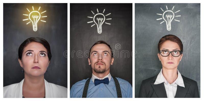 Set Rozważni ludzie przyglądający w górę blackboard na zdjęcia royalty free