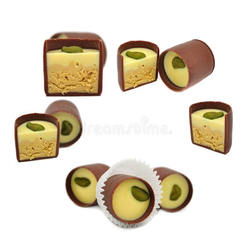 Set Schokoladen-Bonbons getrennt auf Weiß stockfoto