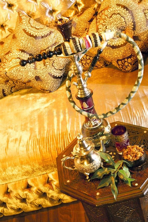 set teavatten för arabiskt rør royaltyfria bilder