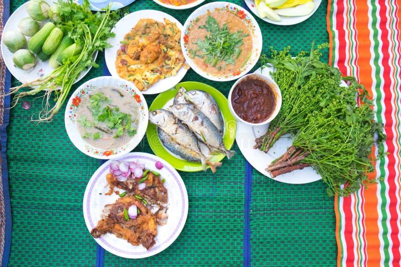 set thai för mat arkivbild