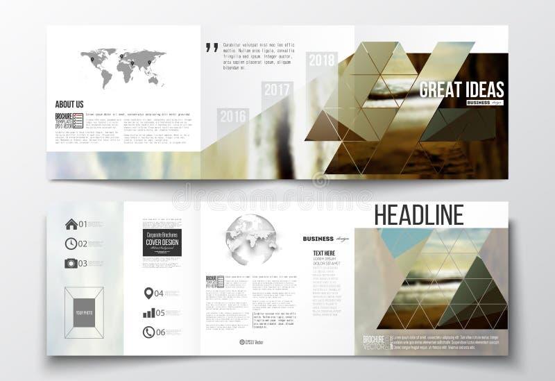 Set trifold broszurki, kwadratowi projektów szablony Kolorowy poligonalny tło, zamazany tło, morze krajobraz ilustracja wektor