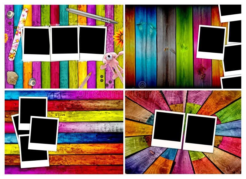 Set unbelegte Polaroide auf hölzernen Hintergründen stock abbildung