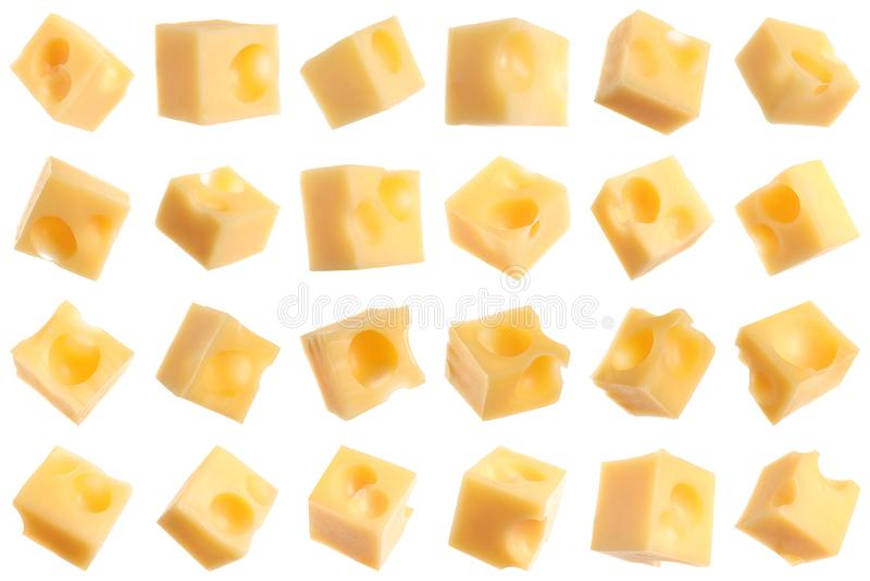 Set wyśmienicie serowi sześciany na bielu zdjęcia royalty free