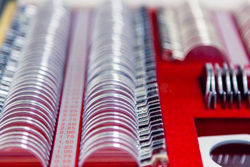 Set zastępowalni obiektywy i specjalny ogólnoludzki próbny oczny położenie dla optometry i eyeglasses Diagnostyczny wyposażenie obrazy royalty free