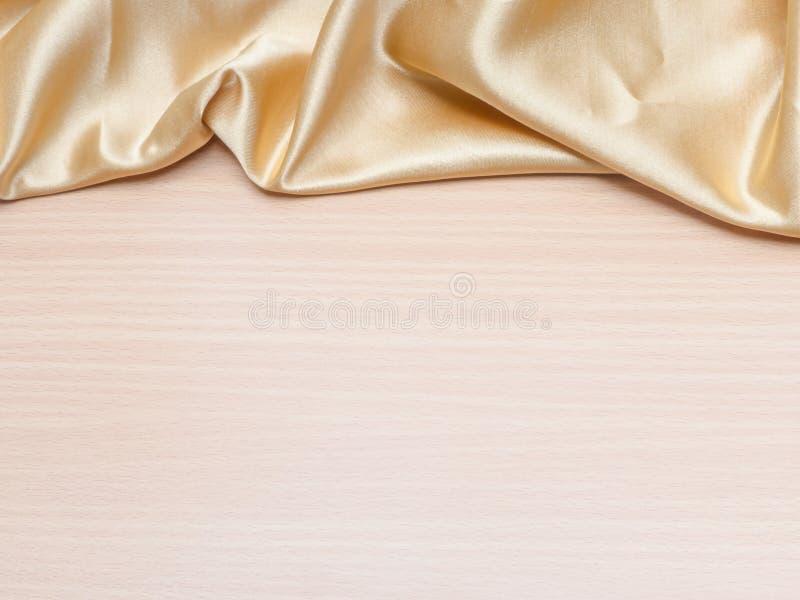 Seta coperta su legno fotografie stock libere da diritti