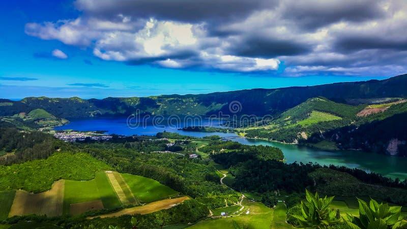 Sete Cidades nel lago Azul sul sao Miguel Azores dell'isola immagini stock libere da diritti