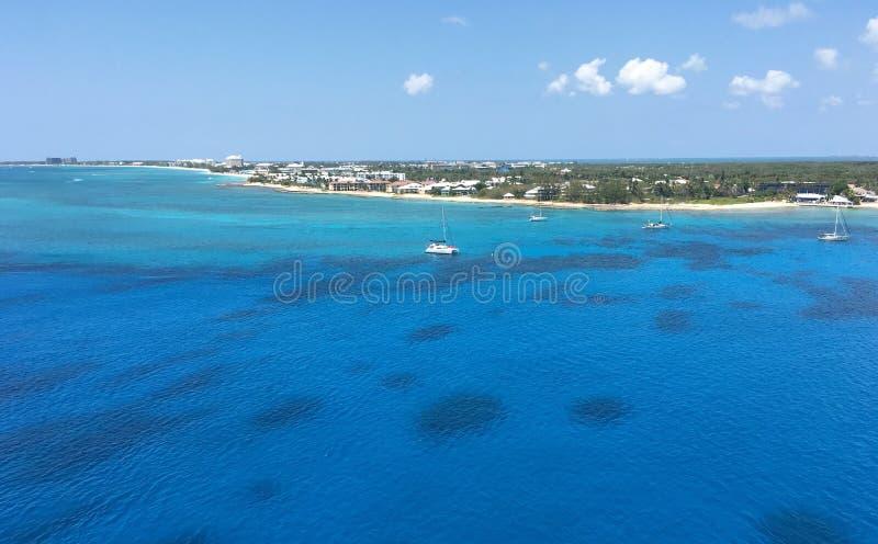 Sete milhas de praia em Grande Caimão imagem de stock royalty free