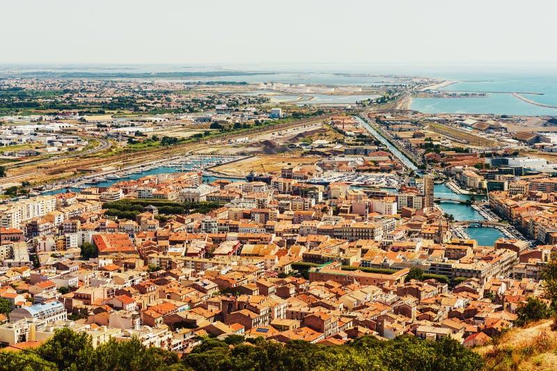 Sete - pequeña ciudad fascinadora en la costa mediterránea francesa fotos de archivo