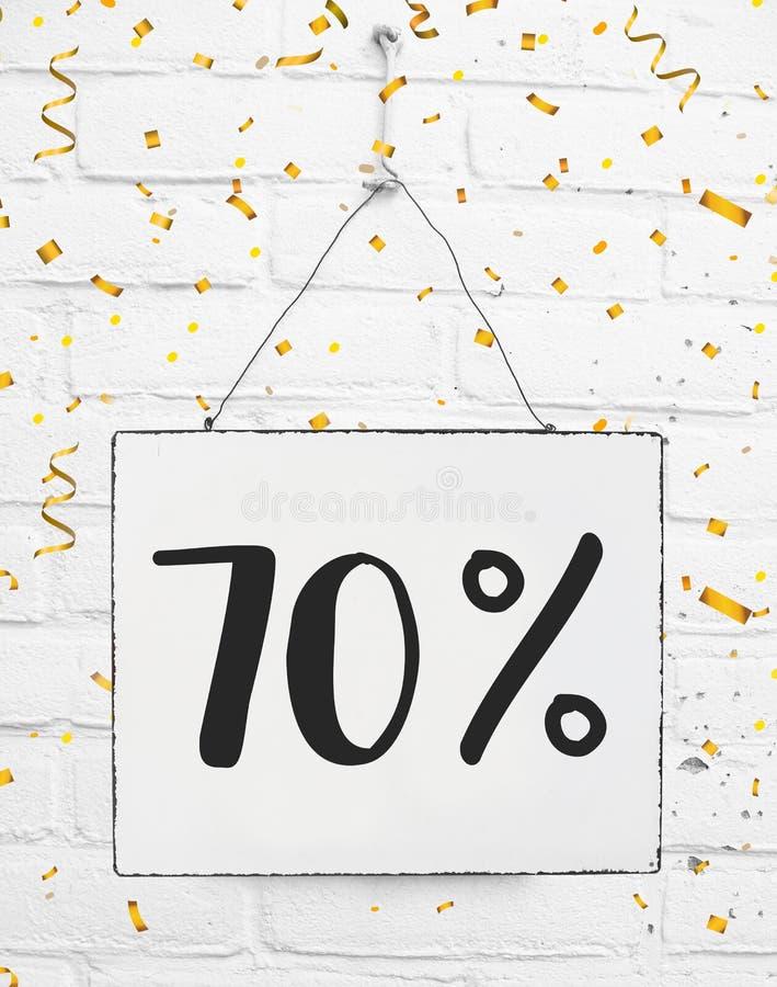 Settanta per cento di 70% fuori dallo sconto nero p dorata di vendita 70% di venerdì fotografie stock libere da diritti