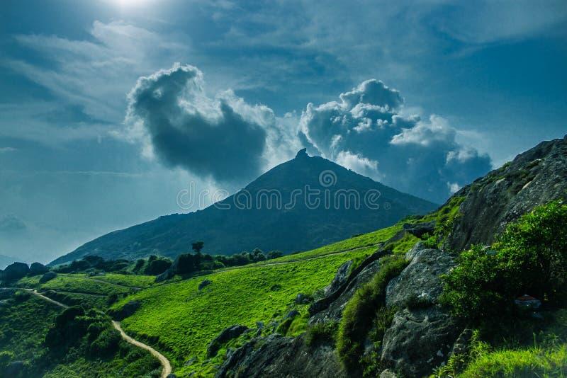 Settima collina di Velliyangiri, ghats occidentali, Coimbatore fotografia stock