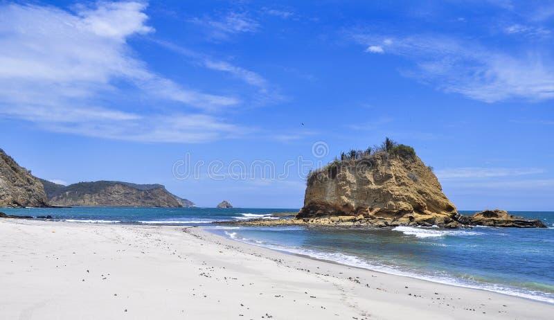 Setzen Sie die Mönche auf den Strand lizenzfreies stockbild