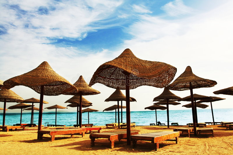 Setzen Sie Szene auf den Strand stockfotos