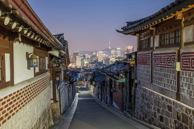 Seul, Corea del Sur en el distrito histórico de Bukchon Hanok fotos de archivo