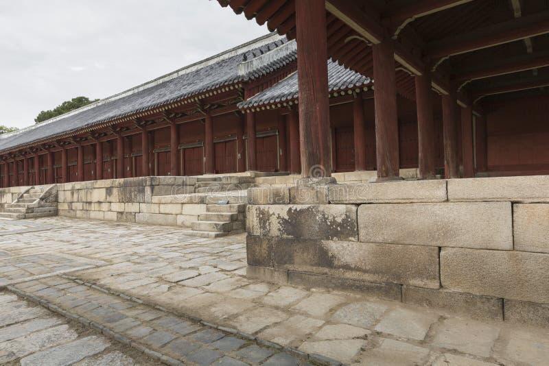 SEUL - 21 DE OCTUBRE DE 2016: Jeongjeon - el pasillo principal del Jongm fotos de archivo libres de regalías