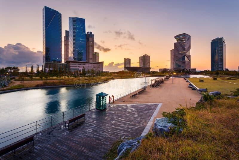 Seul miasto z Pięknym po zmierzchu, centrala park w Songdo Ja fotografia royalty free