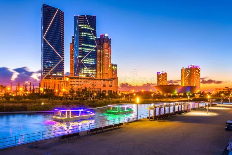 Seul miasto z Pięknym po zmierzchu, centrala park w Songdo Ja obraz royalty free