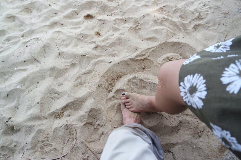 Seus pés fotos de stock royalty free