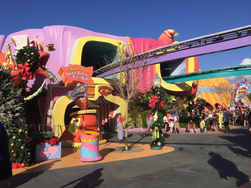 Seuss land på universella studior i Orlando, FL arkivbilder