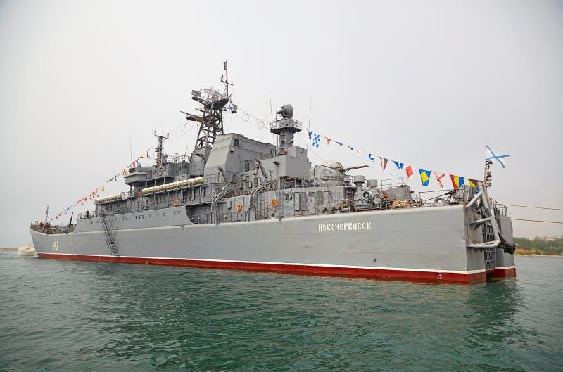 SEVASTOPOL UKRAINA -- MAJ 12: Stort landningskepp 'Novocherkassk royaltyfri fotografi