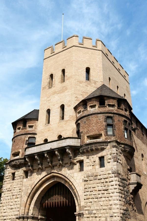 Severinstor (строб Severin города) в Кельн стоковая фотография rf