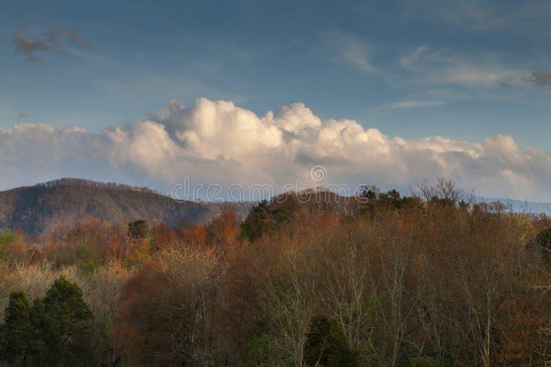 Sevier County Landscape na primavera fotos de stock