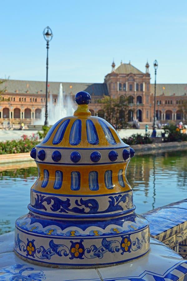 Sevilha - a plaza de España - detalhe cerâmico fotos de stock royalty free