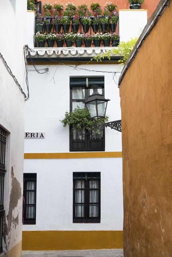 Sevilla Andalucia, Spanje: Barrio Santa Cruz stock foto's