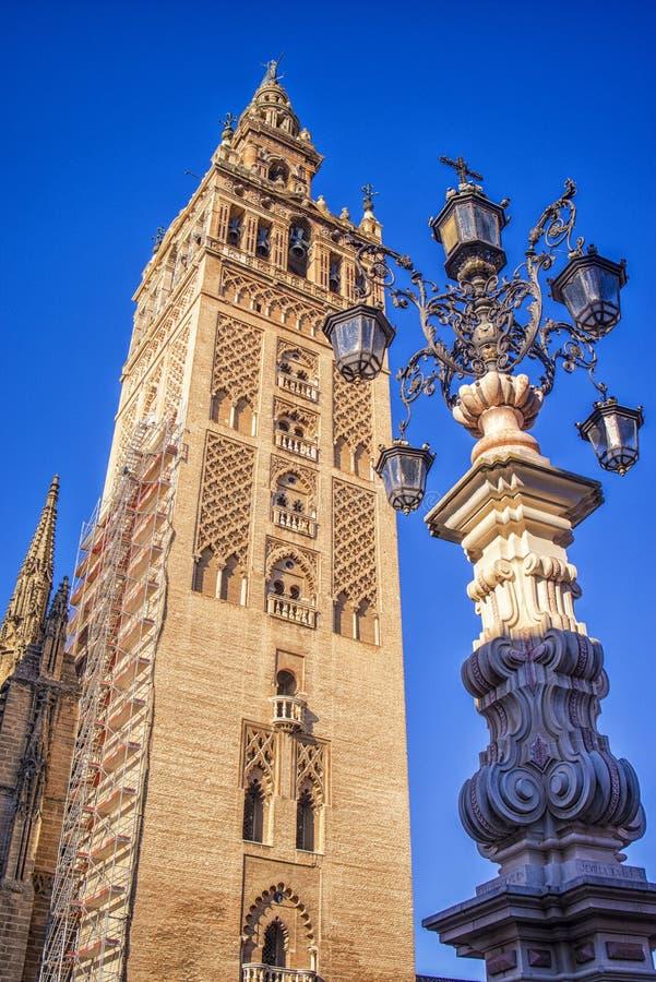 Sevilla Cathedral- und Giralda-Turm, Andalusien, Spanien stockbild