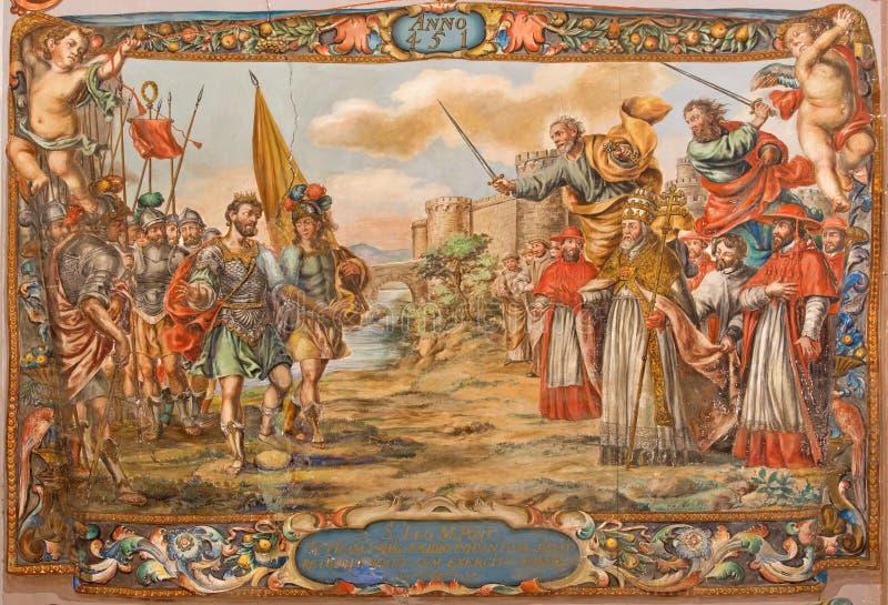 Sevilla - Fresko van scène het Akte van barbaarse koning Atilla met pausst Leeuw groot voordien van de muren van Rome royalty-vrije stock afbeeldingen