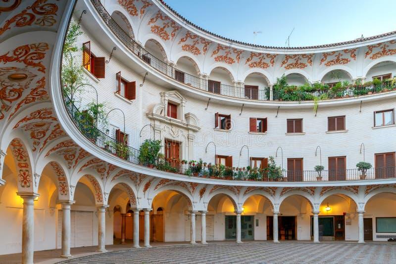 Sevilla Plaza del Cabildo stock foto
