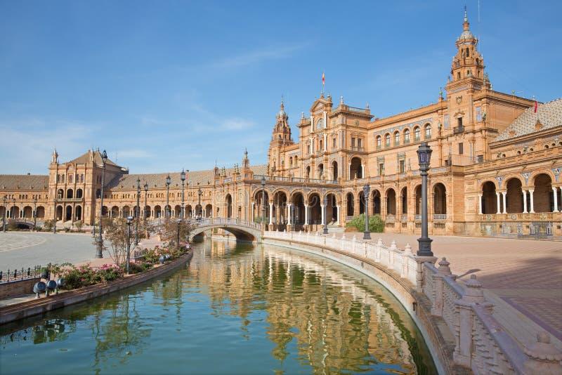 Sevilla- - Plazade Espana Quadrat in Art Deco und in der Neo-Mudejar Art stockbild