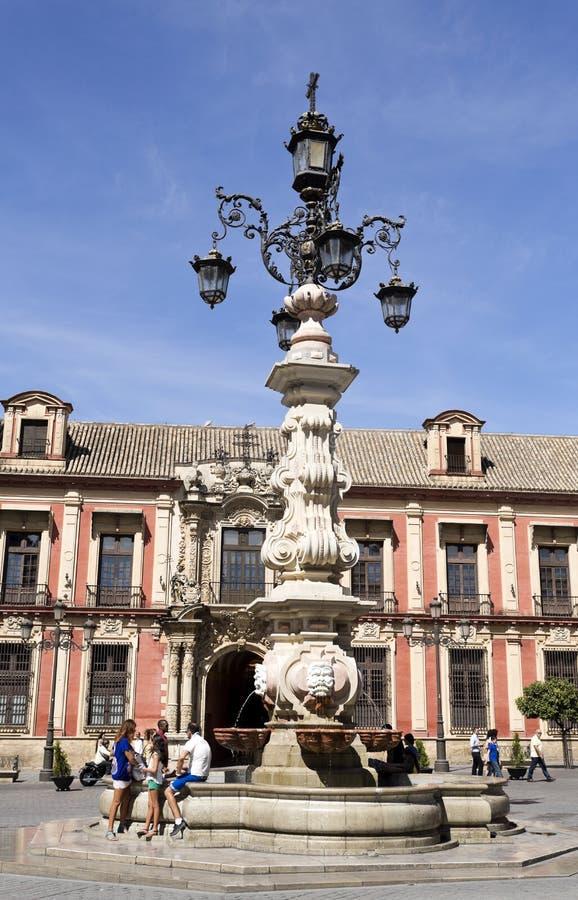 Sevilla-Wasser-Brunnen lizenzfreies stockfoto