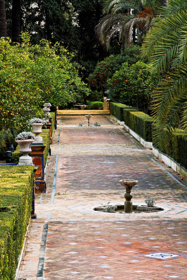Download Seville, Fountains In Real Alcazar Gardens Stock Image - Image: 13579105