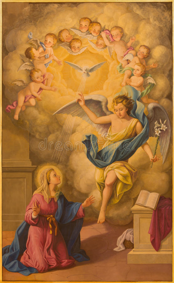 Seville - fresk Annunciation w kościelnej bazylice De Los angeles Macarena zdjęcia stock