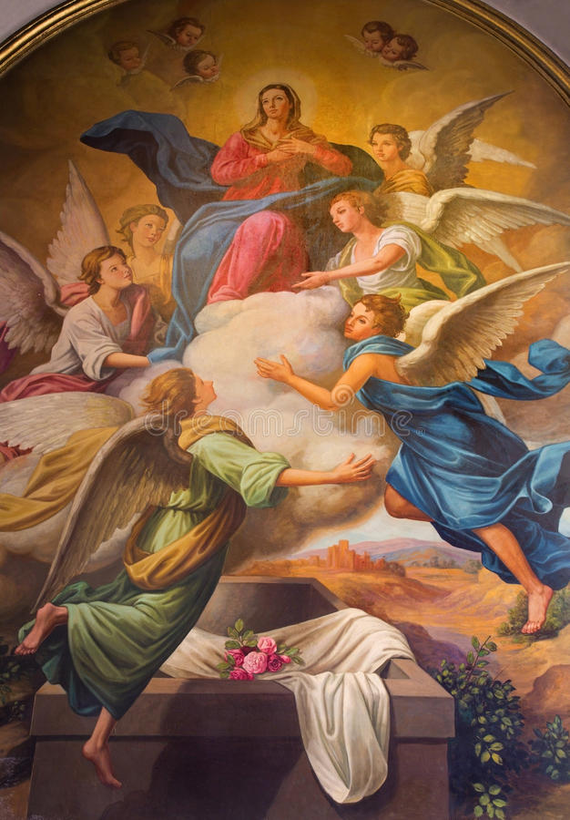 Seville - The neo - baroque fresco of Assumption of Virgn Mary in the presbytery of church Capilla Santa Maria de los Angeles. By Rafael Rodriguez Hernandez royalty free stock photography