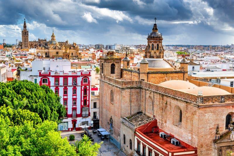 Seville Spanien, Andalusia - Giralda royaltyfri fotografi