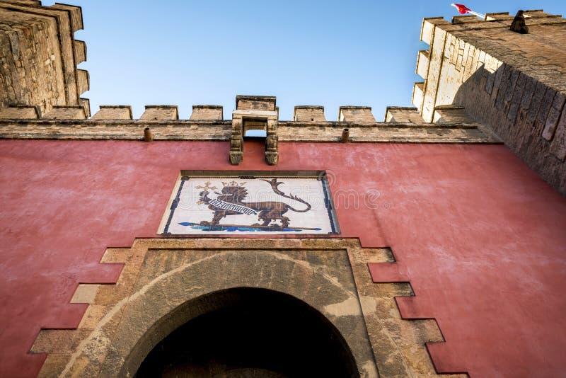 SEVILLE SPANIEN: Verklig Alcazar i Seville Detalj i verklig Alcazar arkivbilder