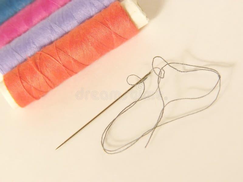 Download Sewing imagem de stock. Imagem de pointy, colorido, emende - 56595